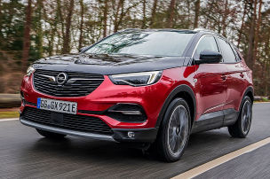 Opels gro�es Hybrid-SUV hat's drauf