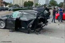 Tesla Model X und Nissan GT-R: Tesla beim Crash zerrissen