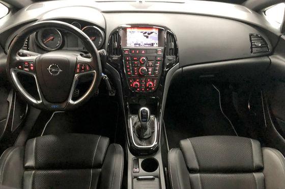 Performance-Astra zum halben Preis