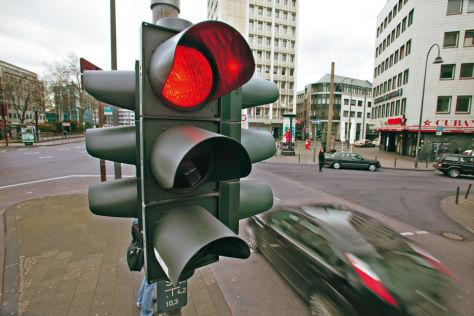 Rotlichtverstoß: Wie die Polizei messen darf