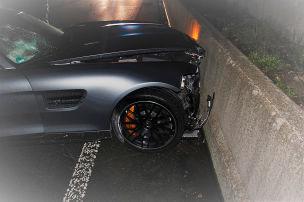 18-J�hriger schrottet neuen AMG GT