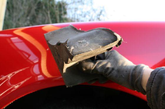 VW Golf 4: Radhausverkleidung mit Schaumstoffkeil