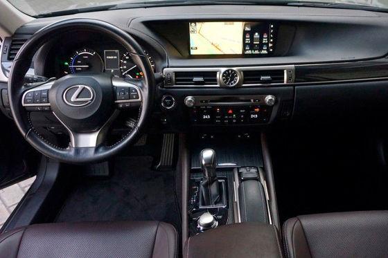 Stylishe BMW 5er-Alternative von Lexus