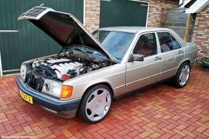 Mercedes 190 mit 6,0-Liter-V12
