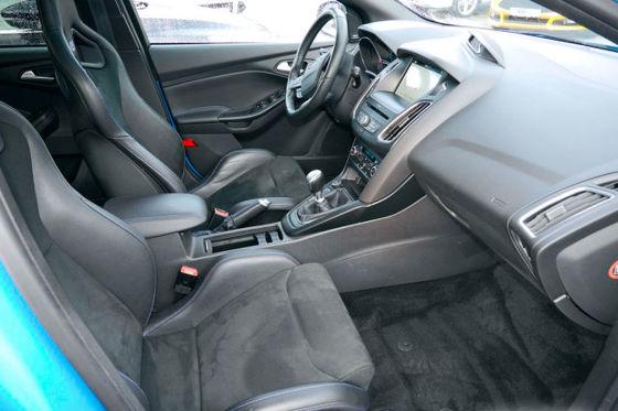 350-PS-Ford zum Golf-Preis!