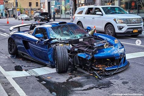 Porsche Carrera GT Gemballa Mirage GT: Crash in New York