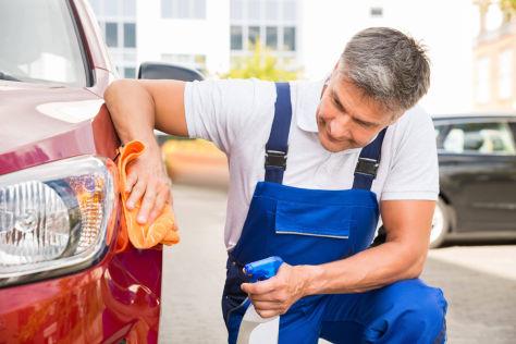 Auto waschen zuhause: Verboten oder erlaubt?