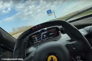 Corona-Raser f�hrt einh�ndig 372 km/h