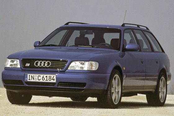 Audi S6 knallt über geschlossene Skipiste