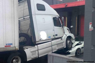 Trucker zerstört den Chef-Ferrari!