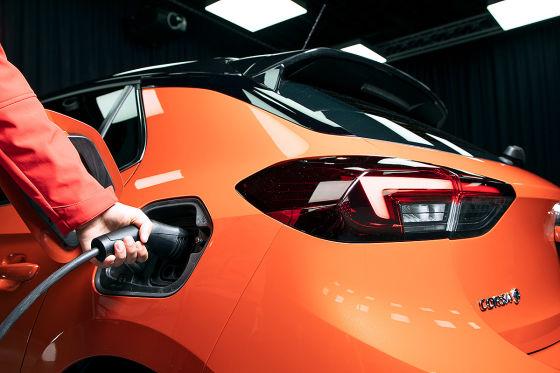 So schnell laden Elektroautos wirklich