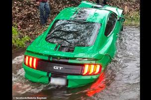Poser versenkt Mustang im Fluss!