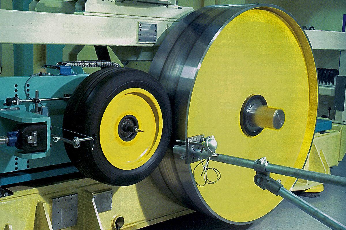 Reifentest mit unterschiedlichen Radgrößen
