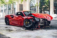 Rapper crasht Ferrari in einen Bus