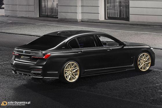 Schwarz-Gold-Look für den V12-7er