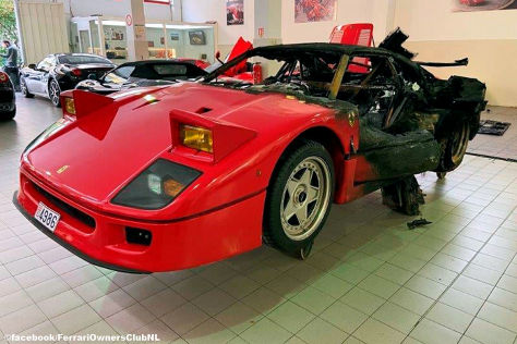 Ferrari F40: Feuer, Neuaufbau