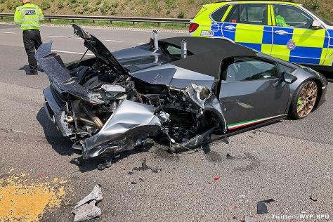 Lamborghini Huracan Performante: Unfall, Crash
