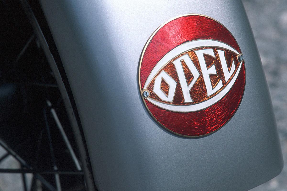 Die Geschichte des Opel-Blitz-Logos