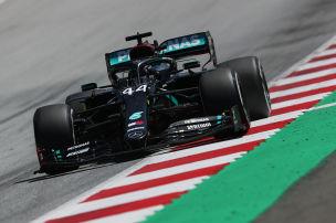 Mercedes f�hrt in eigener Liga