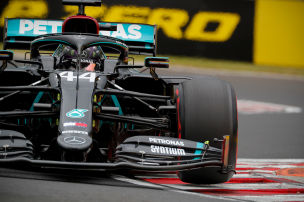 Mercedes dominiert mit vier Autos