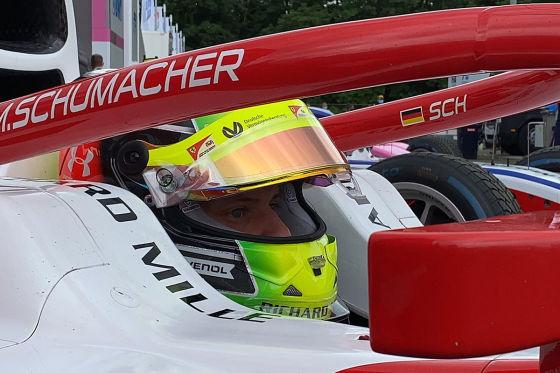 Schumacher sieht Shwartz(mann)