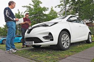 Bildplus: Elektroautos im Abo