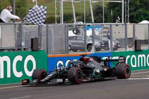Gewinnt Mercedes alle Rennen?