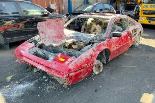 Gestohlener Ferrari aus Gracht gefischt