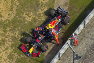 Formel 1: Albon mit Crash
