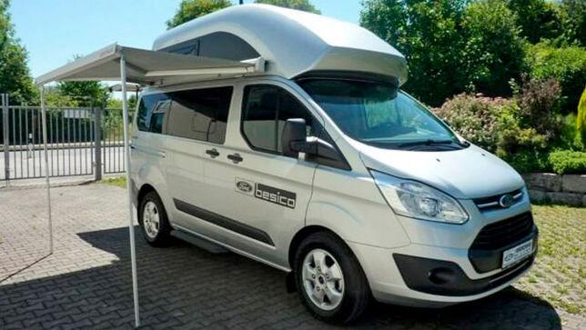 Junger Ford Transit-Camper mit wenig Kilometern