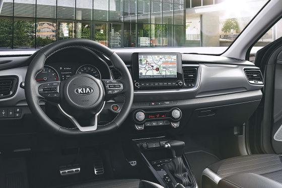 Kia Stonic bekommt Mildhybrid-Antrieb, größere Bildschirme und mehr Ausstattung