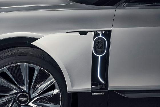 Der Cadillac Lyriq hat ein 33 Zoll Display und soll 2022 in Serie gehen!