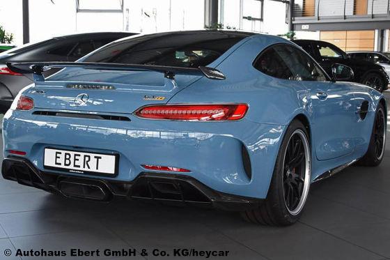 Mercedes-AMG GT R in Sonderlackierung mit 50.000 Euro Ersparnis
