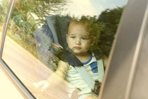 Sommerhitze gefährlich für Kinder im Auto (BILDplus)