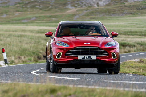 Aston Martin Dbx Dickes Briten Suv Im Test Autobild De