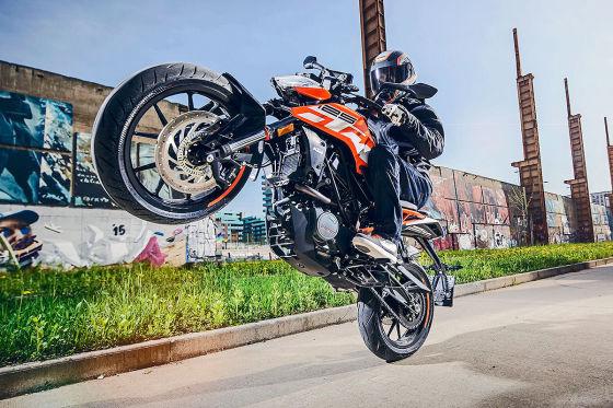 Beliebte 125er-Motorräder für Autofahrer: Bikes mit Pkw-Führerschein