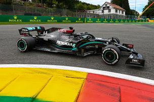 Hamilton dominiert auf Schumi-Strecke