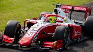 Formel 2: Schumi auf Podium