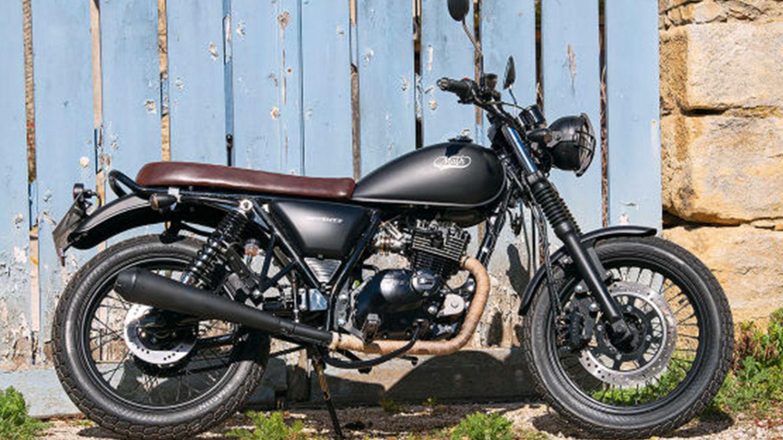 Motorrad er sucht sie