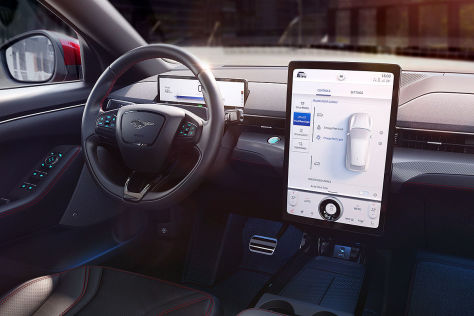 Ford SYNC 4 (2020): Update, Mustang Mach-E, Apple CarPlay, Andoid Auto