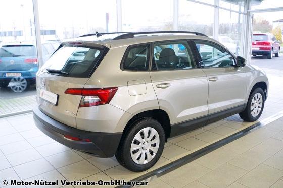 Gepflegtes Kompakt-SUV Skoda Karoq zum gepflegten Niedrigpreis