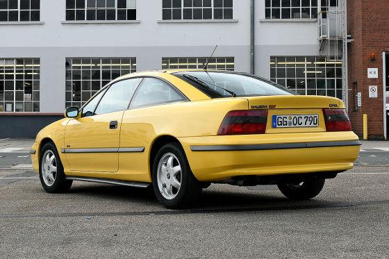 Nostalgie-Tour im 30 Jahre alten Opel Calibra