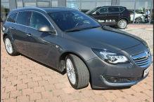 Dieser Opel Insignia Sports Tourer wirkt gepflegt und er kostet wenig