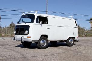 VW T2 Bulli mit V8-Motor verkauft
