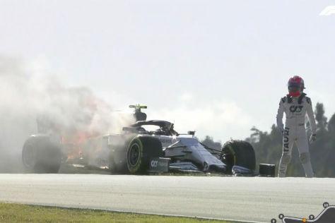 Formel 1 Bilder Vom Portugal Gp Hier Brennt Ein F1 Auto Ab Autobild De