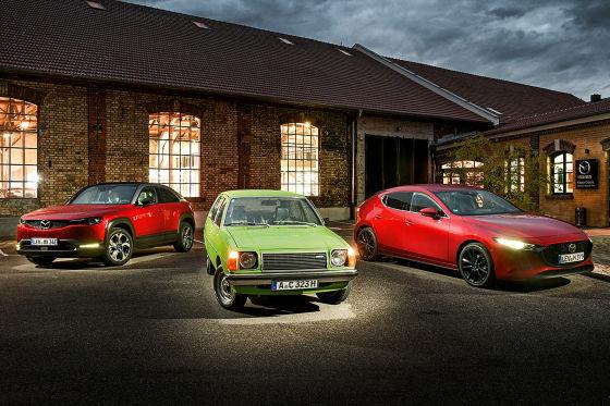 Mazda MX-30, Mazda 323 und Mazda3