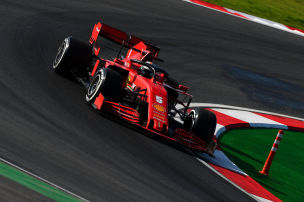 Ferrari �berraschend stark