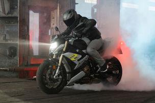 B�ses Roadster-Bike von BMW