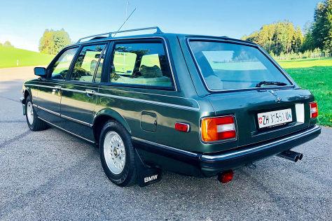BMW 735i A Touring