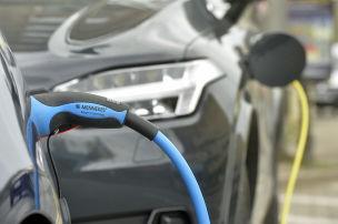 E-Autos: Strombedarf, Spitzenglättung